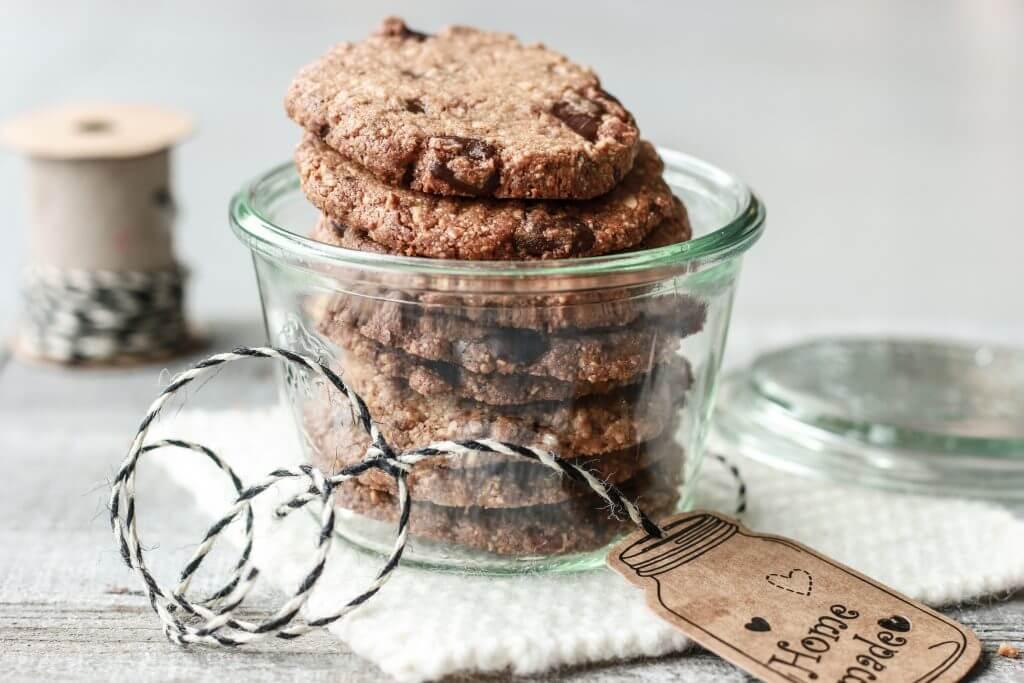 Vegane Mandel-Schokoladen-Cookies ohne Mehl