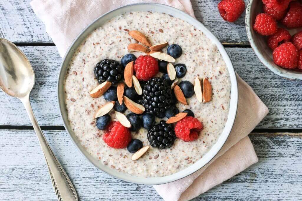 Gesundes Frühstück: Low Carb Protein Porridge
