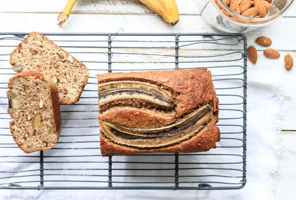 Süße ohne Reue: Paleo Nuss Bananenbrot ohne Mehl und Zucker